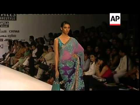 4d4a45186cd3 Designers Joy Mitra , Sonia Jetleey show at Wills Lifestyle fashion week