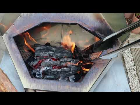 How I Light the Ooni Pro Wood-fired Pizza Oven | Step by Step