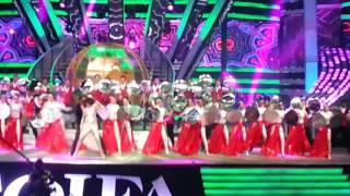 Download Video Shahrukh! TOIFA 2016 MP3 3GP MP4
