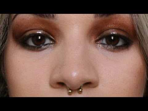 Glossy Lids - Editorial look