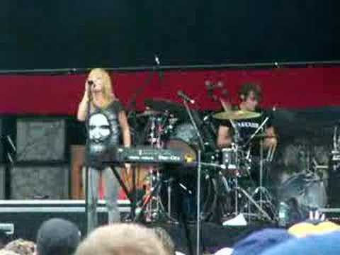 Metric - Black Sheep (Virgin Festival 2007)