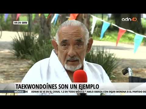 Adultos mayores realizaron exhibición de taekwondo