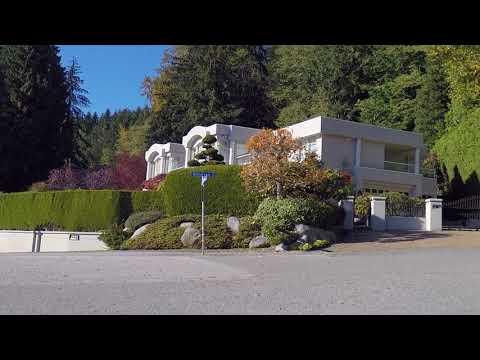 West Vancouver Drive - Driving Around British Properties - British Columbia (BC) Canada