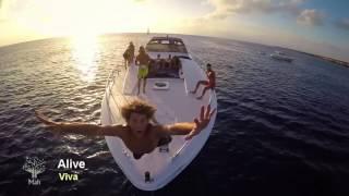 Alan Walker feat. Iselin Solheim - Faded    Legendado Inglês-Port    HD