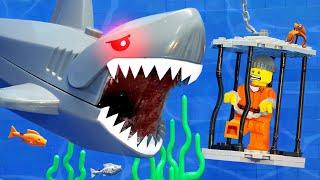 LEGO CRAZY SHARK ATTACK Escaping Underwater Jaw Lego City Prison Break