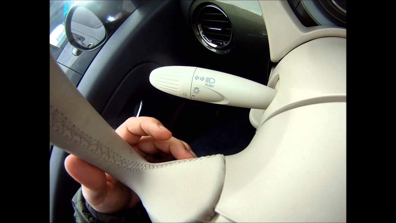 USB Audio in 2013 Fiat 500 Pop - YouTube