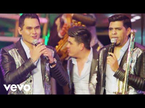 Popurr�: El Toro Mambo, La Repetidora (Cumbia Repetidora), La Bamba (En Vivo)