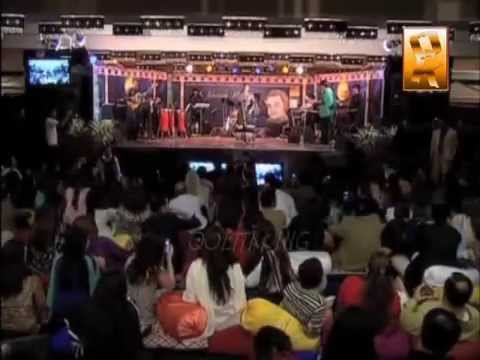 alka yagnik n Kumar Sanu in (Marriott Hotel HUNZA VALLY nothern pakistan)
