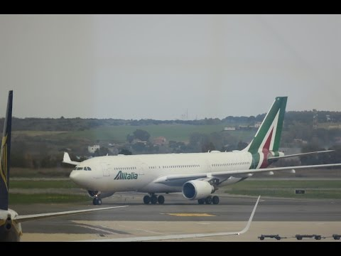 Alitalia Airbus A330 AZ609 Takeoff at JFK!