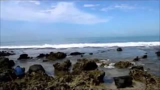 Wisata Pantai Rancabuaya