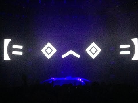 Porter Robinson Worlds Tour MIAMI - October 18 (FULL HD)