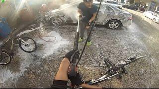Bisikletlere Tazyikli Suyla Girdik