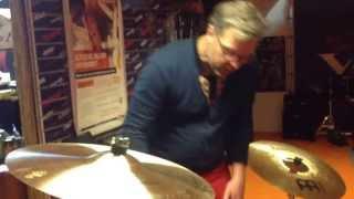 dixson bass drum lift promo door theo hagelaar