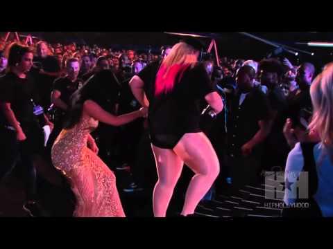 "Wendy Williams Shames Nicki Minaj For Calling Miley Cyrus A ""B*tch"" At The VMAs - HipHollywood"