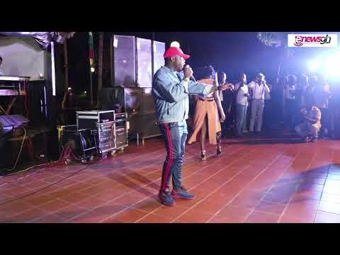 Ebony & Kurl Songx perform