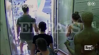 Barcellona, il furgone dell'attentato sfreccia sulla Rambla