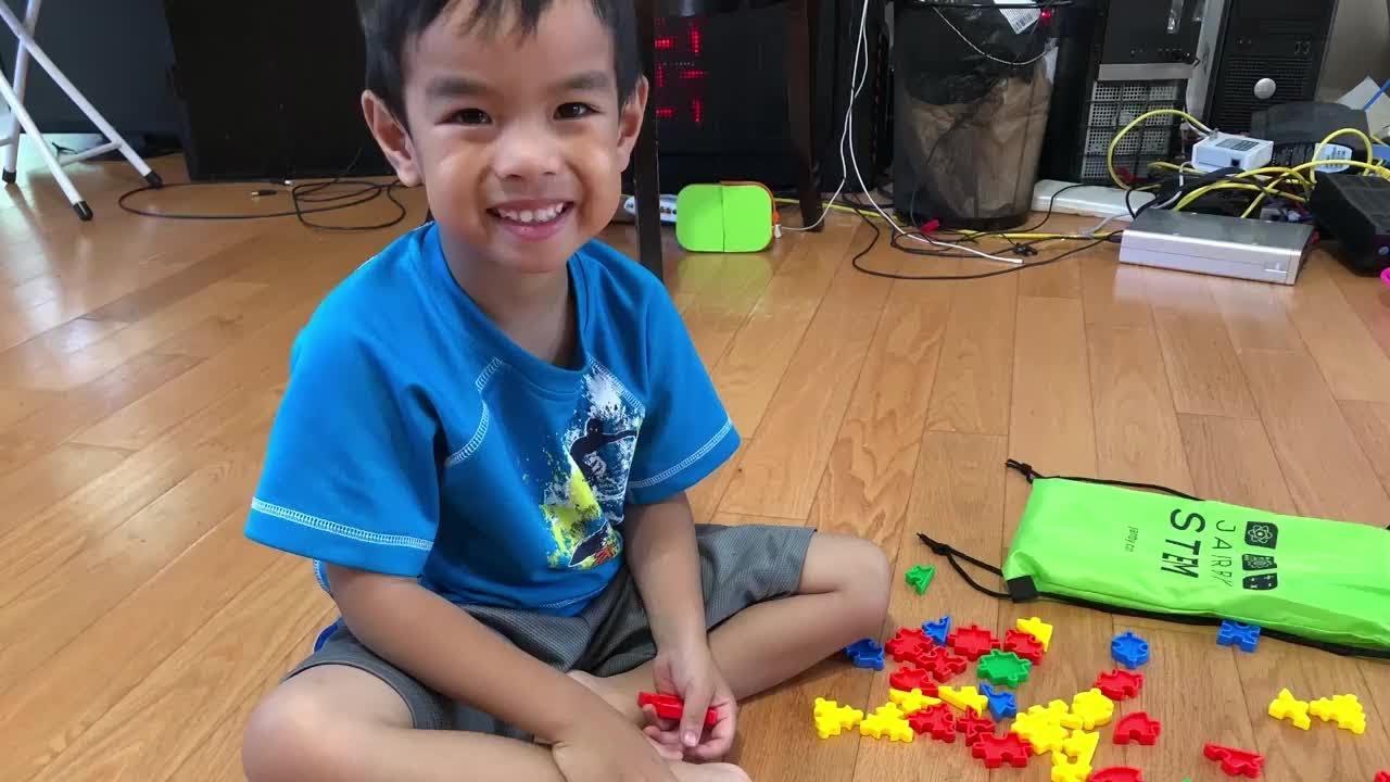 Sensory Toys for Autistic ChildrenPreschool Learning Jarrby STEM Toys