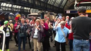 Senioren-Flashmob am Weltseniorentag (Older People Day) 1.Oktober 2014