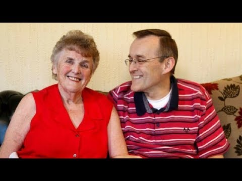 Mom Suffering From Severe Dementia Gets Her Memory Back – After Son Puts Her On Special Diet