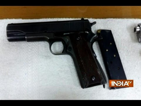 Delhi Police Arrests Smuggler & Seize High Tech Laser Pistols