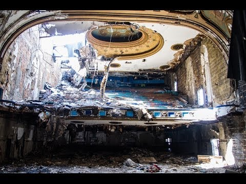Exploring Abandoned Detroit: Eastown Theater
