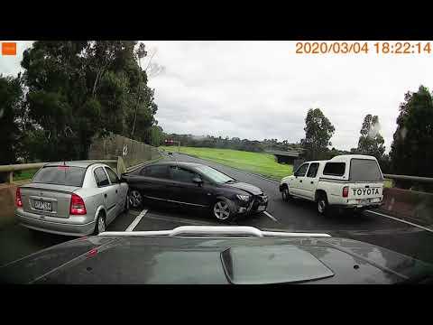 Australian Car Crash / Dash Cam Compilation 22