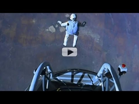 Felix Baumgartner's Amazing Edge Of Space Dive - Highlight Video