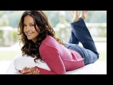 Ashley Judd - So Into You