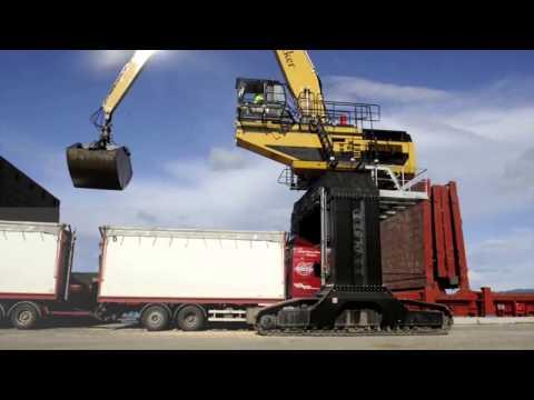 MultiDocker handling bulk cargo in Väja