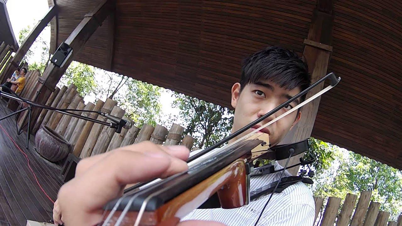 【曹格 - 丑角】簡伯廷 小提琴演奏 - YouTube