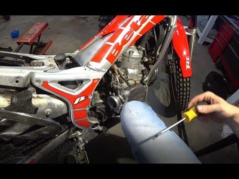 Keihin Carb Cleaning   Trials bike is back!