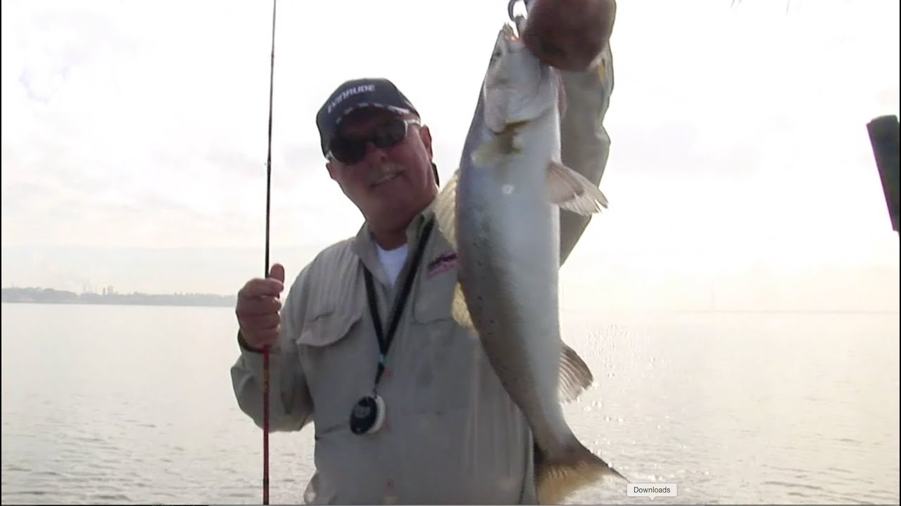 Winter speckled trout fishing in baytown tx youtube for Trout fishing in texas