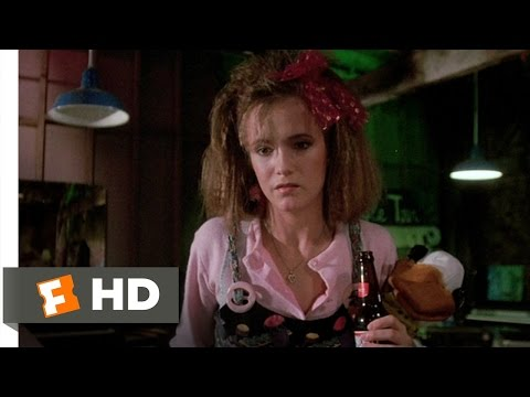 Howard the Duck (2/10) Movie CLIP - A Brewski at Beverly