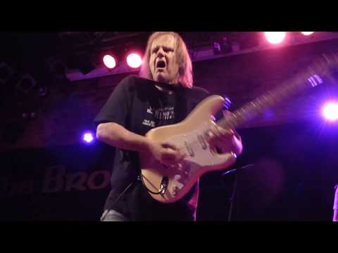 Walter Trout at The Brook Southampton England. 09.10.17.