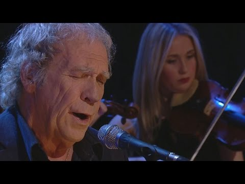 Finbar Furey performs The Galway Shawl | The Late Late Show | RTÉ One