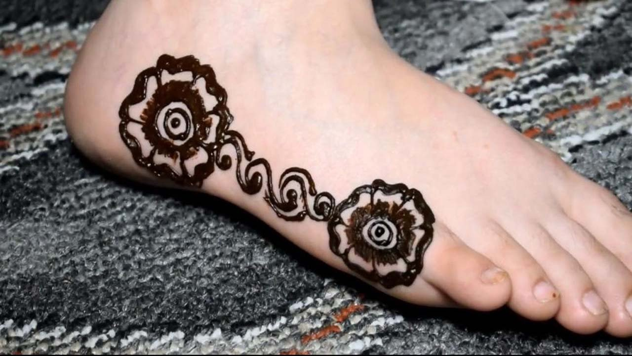 Mehndi design 2017 eid - Eid Special Foot Mehndi Design Very Simple New 2017