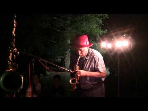 Dvoskin Vladimir(Clarinet,soprano saxophone)in Kibuz Israel -tel.050-377-77-82