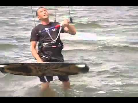"""Kitesurfing Trainer Kite with HQ Hydra Power Kite"""