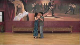 Wedding dance lesson for ballads, slow songs, easy to learn from DANCIN