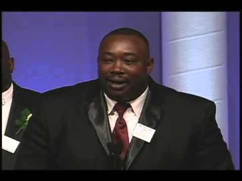 George Rogers, 2004, Walter Camp Football Foundation Alumni Award
