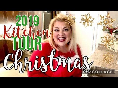 CHRISTMAS KITCHEN TOUR -MRS. CLAUS THEME