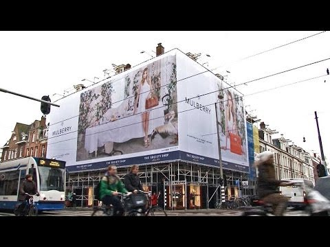 Giant Poster Mulberry in PC Hooftstraat Amsterdam