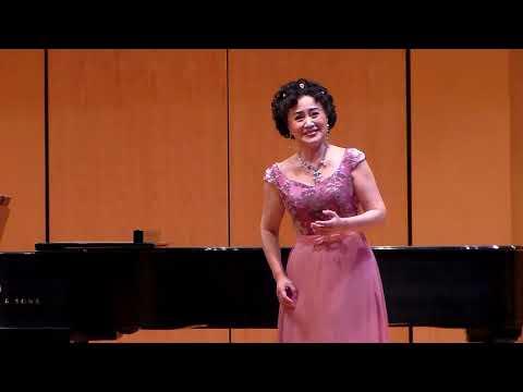 "【Soprano Lily Zhang】""An Evening of Global Music "" Solo Recital ""The swallow"" - Xinjiang folk song"