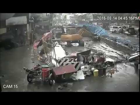 A destructive Tornado hit Quiapo Manila Philippines