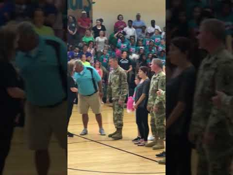 Thanks  to Avoyelles Public Charter School for Recognizing our soldiers and their family. ??
