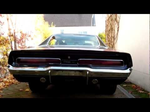 1970 Dodge Charger 440 cold start and idle sound