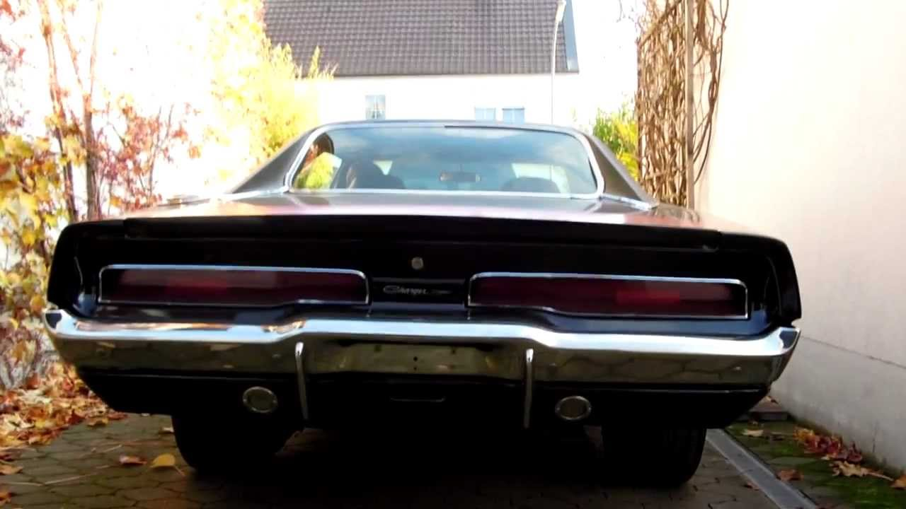 1970 dodge charger 440 cold start and idle sound - youtube