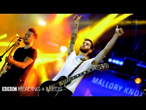 Mallory Knox - Ghost In The Mirror at Reading 2014