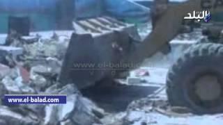 بالفيديو .. محافظ الفيوم يقود حملة لإزالة التعديات واستكمال خط مياه عزبة يوسف الصديق