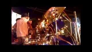hindustan ke hunarbaaz indian killer drummer anurag live song teri diwani.agartala tripura india.